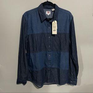 NWT Large Levi's Demi shirt